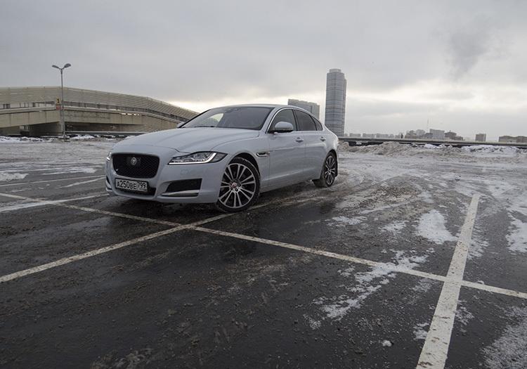 Тест Jaguar XF: само противоречие